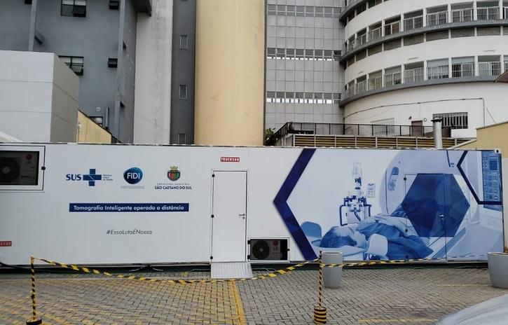 Imagem ilustrativa da notícia: Truckvan entrega contêineres para ajudar no combate a covid-19