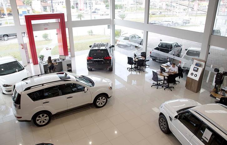 Imagem ilustrativa da notícia: Varejo volta a crescer, mas vendas diretas sustentam alta do mercado