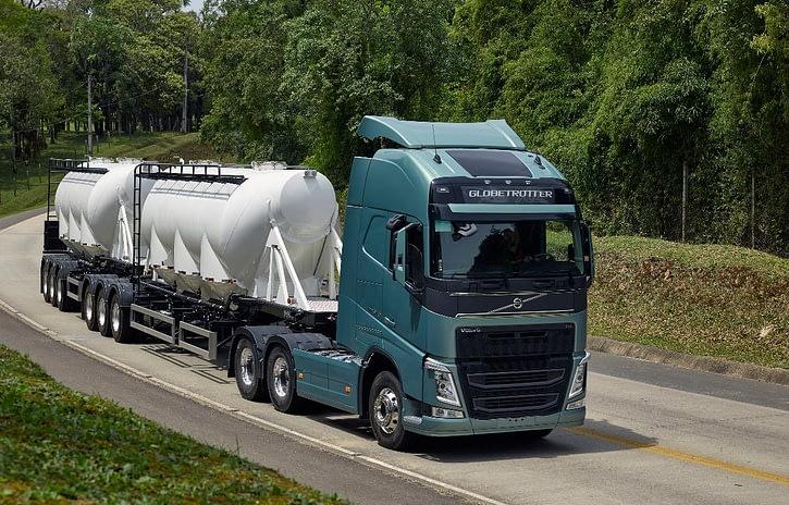 Imagem ilustrativa da notícia: Vendas de caminhões superam as 100 mil unidades