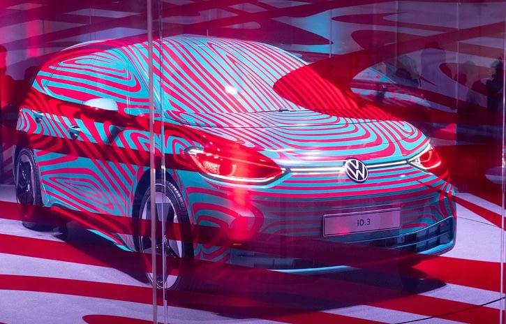 Imagem ilustrativa da notícia: Volkswagen abre pré-venda do elétrico ID.3