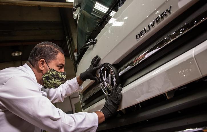 Imagem ilustrativa da notícia: Volkswagen Caminhões vende dez Delivery à Lucca Jr