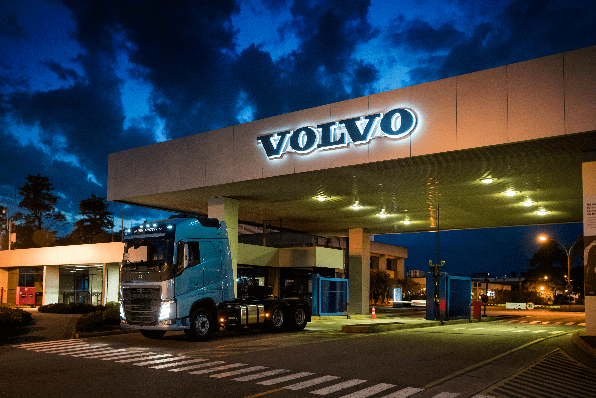 Imagem ilustrativa da notícia: Volvo contrata e investe em Curitiba