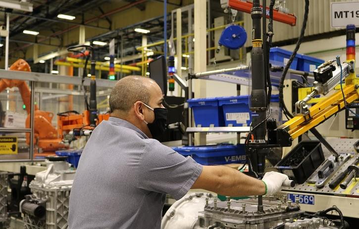 Imagem ilustrativa da notícia: Volvo já produziu 100 mil transmissões I-Shift no Brasil