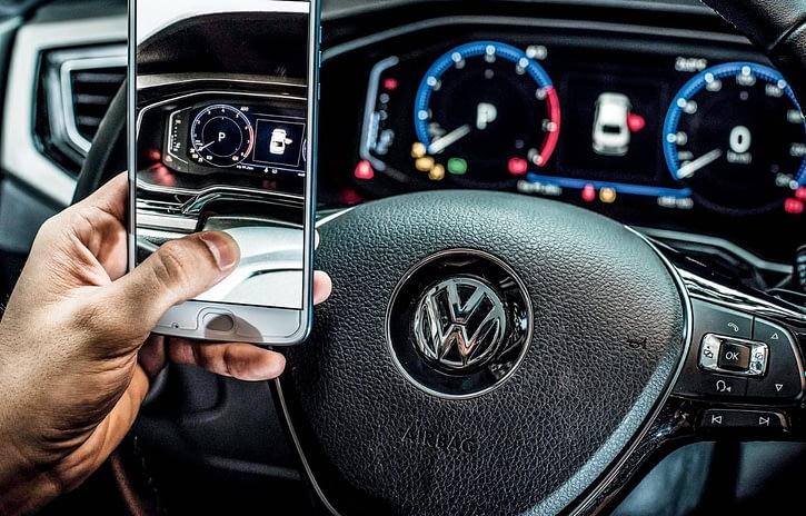 Imagem ilustrativa da notícia: Manual digital chegará a toda linha VW em 2020