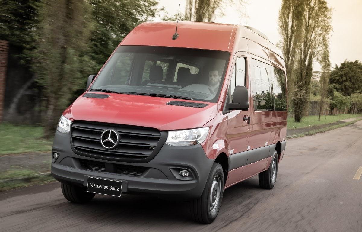 Imagem ilustrativa da notícia: Mercedes-Benz amplia a linha Actros com novo motor