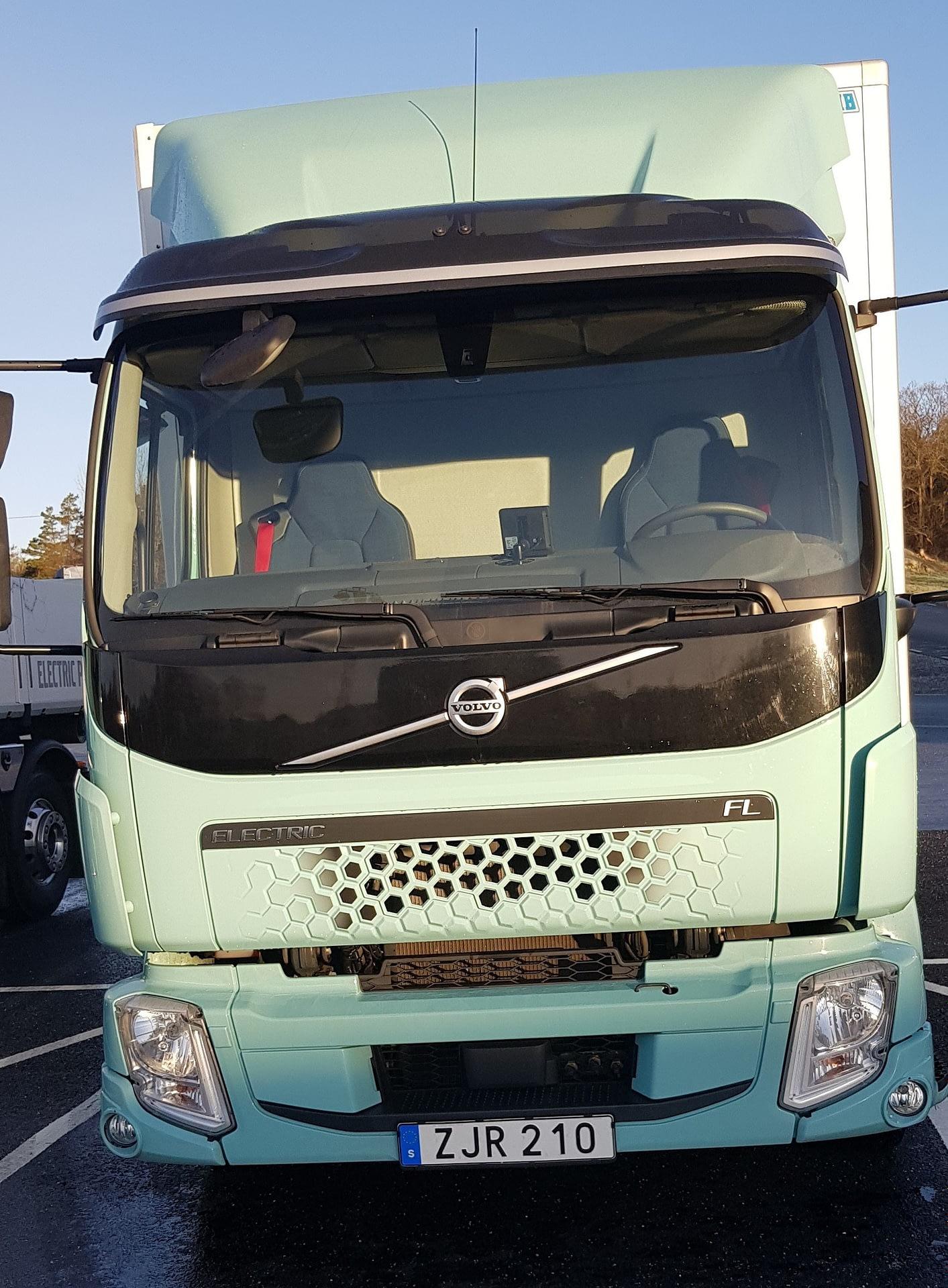 Imagem ilustrativa da notícia: Ao apresentar seus elétricos, Volvo abre discussão sobre emissão em toda a cadeia